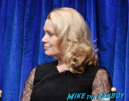 laurie holden at the walking dead paleyfest 2013 panel signing autographs norman 016
