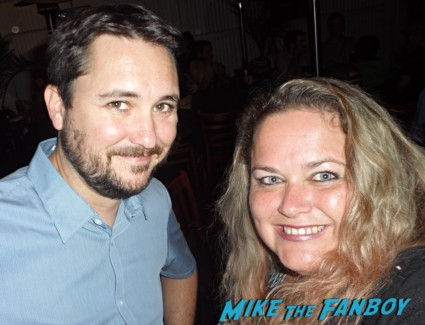 wil wheaton fan photo signing autographs with fans rare promo hot toy soldiers sand by me big bang theory