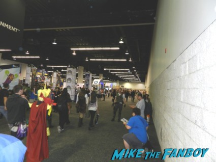 the lego batman autograph signing at wondercon 2013 cosplay costumes convention floor rare 020