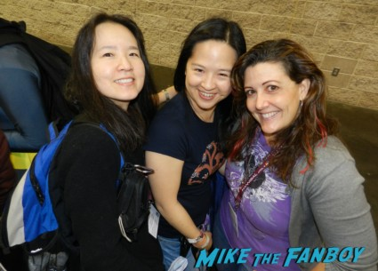 suddenly susan erica and linda from mike the fanboy at wondercon 2013 cosplay costumes convention floor rare 025