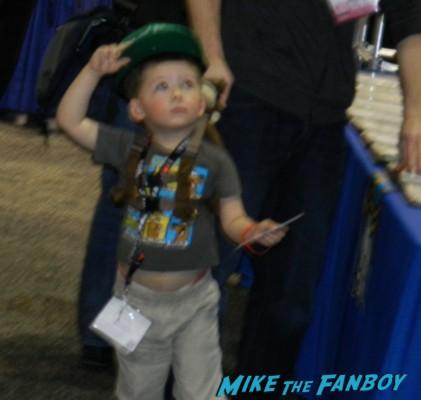 small children at wondercon 2013 wondercon 2013 cosplay costumes convention floor rare 037