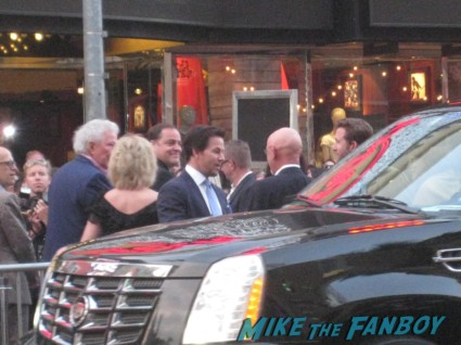 Marky Mark Wahlberg arriving at the pain and gain movie premiere with marky mark wahlberg signed autograph rare promo hot