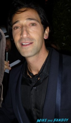 Adrien Brody fan photo signing autographs for fans