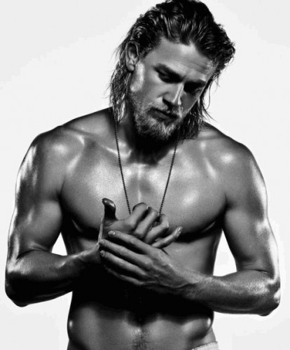 charlie hunnam naked shirtless rare promo muscle pecs sons of anarchy jax teller rare promo