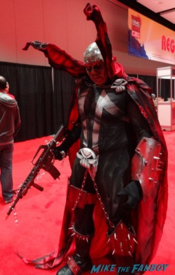 c2e2 cosplayers 2013 armed witch rare promo hot rare dancer