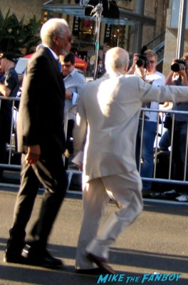 morgan freeman signing autographs for fans Oblivion Movie Premiere red carpet promo! Tom Cruise! Morgan Freeman! Joseph Kosinski! Coolness!
