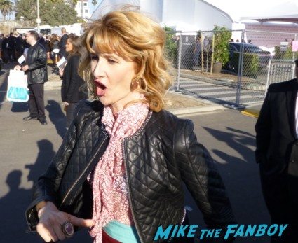 Laura Dern signing autographs for fans fan photo signing autographs for fans