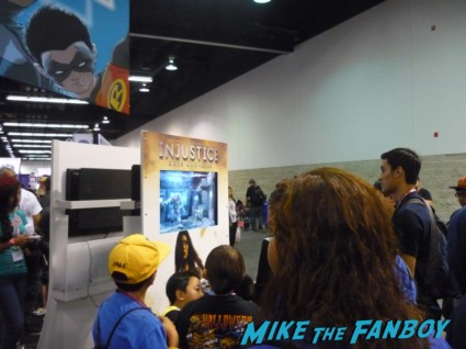 People Playing Injustice at Wondercon 2013 rare
