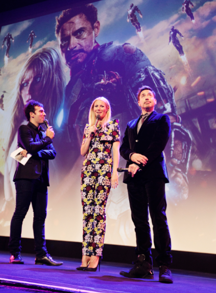 Robert Downey Jr. Gwyneth Paltrow  Iron Man 3 world premiere Paris France rare red carpet photo iron man tony stark