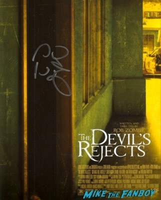 Sid Haig signed devil's rejects poster Sig Haig signing autographs for fans rare promo devil's rejects days of the dead