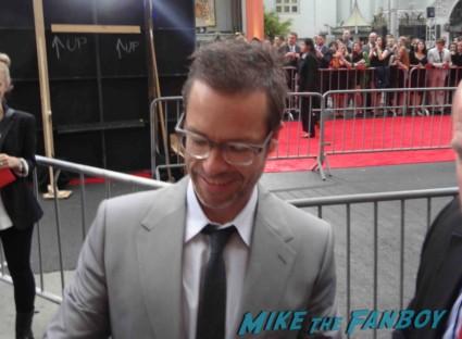 guy pierce signing autographs at the Iron Man 3 world movie premiere el capitan theater rare robert downey jr. rare promo