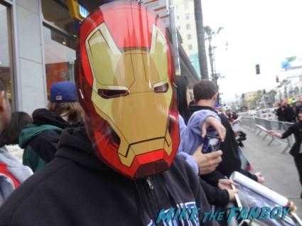iron man masks passed out  to the Iron Man 3 world movie premiere el capitan theater rare robert downey jr. rare promo