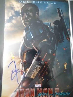 don cheadle signing autographs at the Iron Man 3 world movie premiere el capitan theater rare robert downey jr. rare promo