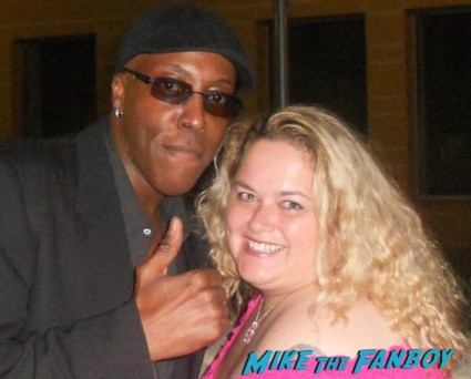 arsenio_hall signing autographs for fans photo rare promo signed autograph rare