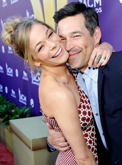 LeAnn Rimes and Eddie Cibrian hot sexy couple reality show promo photo hot