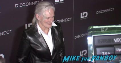 disconnect movie premiere new york red carpet alexander skarsgard jason bateman (15)