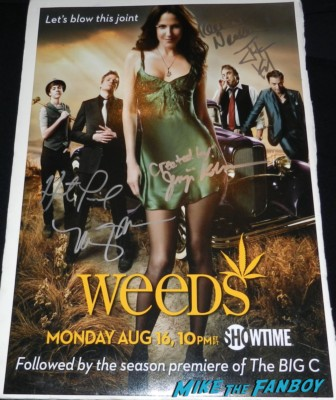 Jenji Kohan  weeds creator fan photo weeds season 6 autograph promo poster mary louise parker elizabeth perkins tonye pateo romany malco  rare mike the fanboy signing autographs for fans festival of books 2013 debbie reynolds 018festival of books 2013 debbie reynolds 060