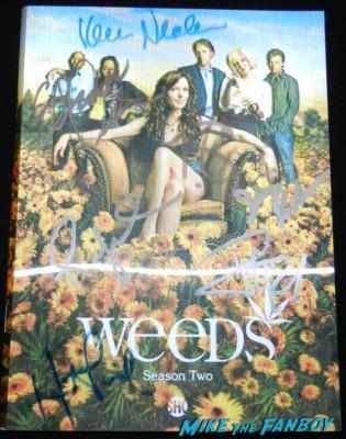 weeds lenticular booklet signed autograph mary louise parker justin kirk elizabeth perkins festival of books 2013 debbie reynolds 065