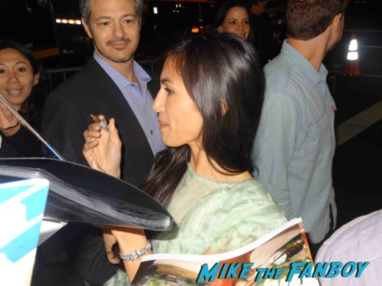 elodie yung signing autographs at the  g.i. joe retaliation movie premiere report red carpet rare promo bruce willis red carpet the rock