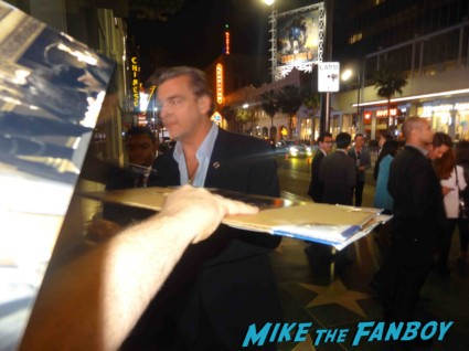 ray stevenson signing autographs at the  g.i. joe retaliation movie premiere report red carpet rare promo bruce willis red carpet the rock