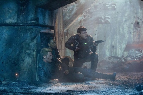 karl urban benedick cumberbatch  star trek into darkness rare promo photo still poster rare hr_Star_Trek_Into_Darkness_23-550x366