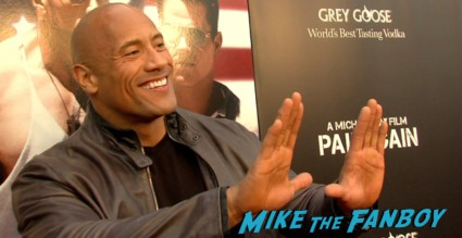 dwayne the rock johnson on the red carpet at the pain and gain movie premiere miami mark wahlberg hot sexy signing autographs (15)