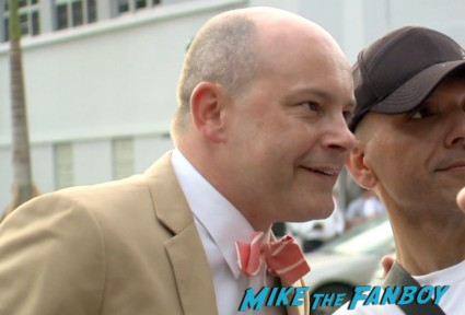 Rob Corddry signing autographs at the pain and gain movie premiere miami mark wahlberg hot sexy signing autographs (20)