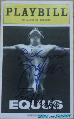 richard giffiths signed autograph playbill daniel radcliffe richard griffiths hot signed autograph rare promo