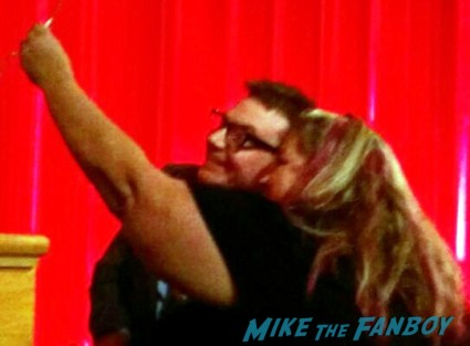 Mike myers fan photo signing autographs for fans rare signature rare dance hot wayne's world 20th anniversary academy theater