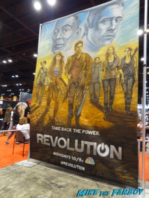 nbc's revolution live art demo at Chicago Comic and entertainment expo c2e2 banner logo rare