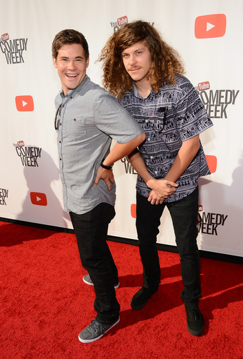 """workaholics cast on the red carpet at the YouTube Comedy Week """"The Big Live Comedy Show"""" Photo Gallery! Ryan Phillippe! Andy Samberg! Seth Rogan! Sarah Silverman! Jack McBrayer! Jeff Ross! Vince Vaughn! Tim & Eric! And More!"""