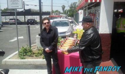 Pink's Hot Dog roger rabbit dedication ceremony charles Fleischer signing autographs