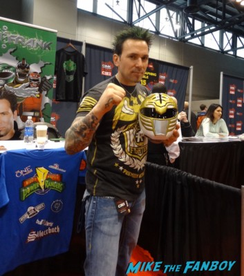jason david frnak signing autographs at the Chicago Comic and entertainment expo c2e2 banner logo rare