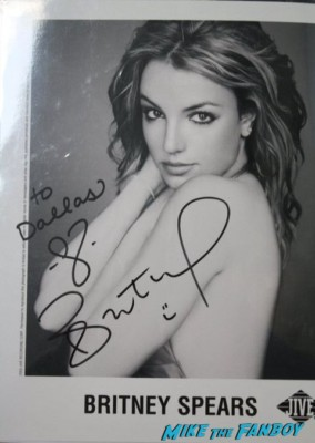 Britney spears signed autograph photo rare hot sexy singer photo shoot