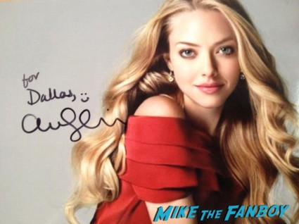 Amanda Seyfried signed autograph photo rare hot sexy singer photo shoot