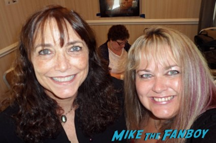 Karen Allen signing autographs for fans raiders of the lost ark signing autographs hot now 2013 rare