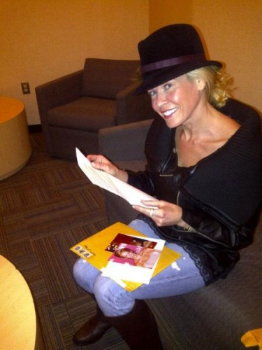 Chelsea handler signing autographs for fans fanmail address