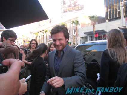 Jason Bateman signing autographs at the Arrested_Development_premiere