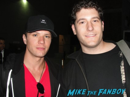 Ryan Phillippe and mike the fanboy fan photo Ryan Phillippe signing autographs for fans hot sexy rare photo shoot sex