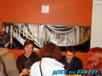 Jamie and Oliver phelps signing autographs for fans weasley twins harry potter star signed autograph rare