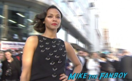 zoe saldana signing autographs Star Trek into darkness london movie premiere chris pine zachary quinto hot sexy photos