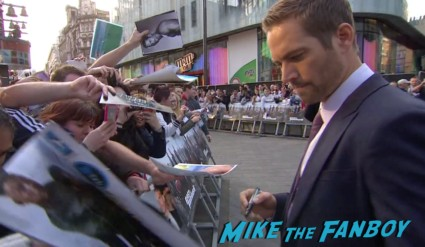sexy paul walker signing autographs Fast And Furious 6 London UK Premiere Report & Photo Gallery! Paul Walker! Luke Evans! Vin Diesel! Michelle Rodriguez! Jordana Brewster! Ludacris! Tyrese! Autographs! Photos! And More!