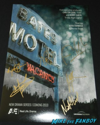 bates motel signed autograph mini poster vera farmiga freddie highmore rare promo nestor carbonell signing autographs at bates motel cast q and a paley center Vera Farmiga! Freddie Highmore! Max Thieriot! Nester Carbonell! Nicola Peltz! Autographs! Photos! And More! vera farmiga freddie highm 011bates motel cast q and a paley center vera farmiga freddie highm 096