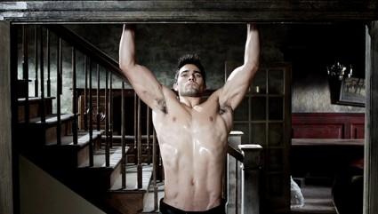 tyler hoechin hot shirtless naked photo armpit muscle abs flex fine sexy sweat rare