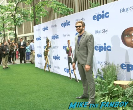 Chris O'Dowd arriving to the Epic World Movie Premiere Photo Gallery! Colin Farrell! Amanda Seyfried! Jason Sudeikis! Chris O'Dowd! Kyle MacLachlan! MTF On The Red Carpet!