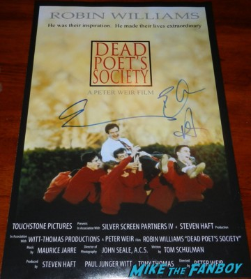 ethan hawke robin williams signed dead poets Society mini poster signing autographs for fans 013