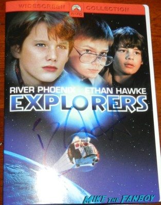 ethan hawke signed autograph explorers dvd cover signing autographs for fans 019