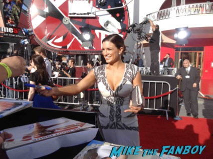 Gina Carano signing autographs at the fast and furious premiere los angeles vin diesel hot (19)