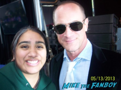 chris meloni signing autographs fox fanfront 2013 signing autographs david borenaz