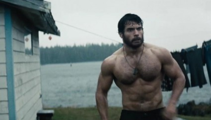 henry-cavill-superman-shirtless naked hot chest muscle chest hair rare